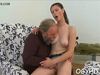 Ücretsiz porno film izle